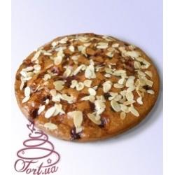 Пирог на заказ «Вишневый с миндалем»