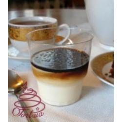 Десерт Панна котта с карамельным соусом 150 г.