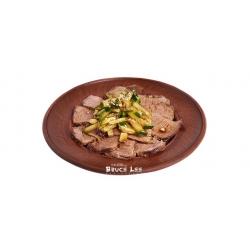 Салат с нежной телятиной под соевым соусом: заказать, доставка