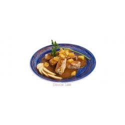 Утиная грудка в кляре с фруктовым соусом