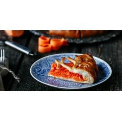 Пирог медовый с морковью