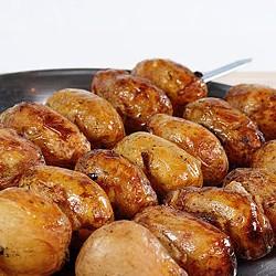Шампур картошки с салом  на углях- 300 грамм
