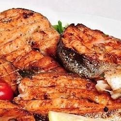 Шашлык из рыбы лосось стейк - 300 грамм