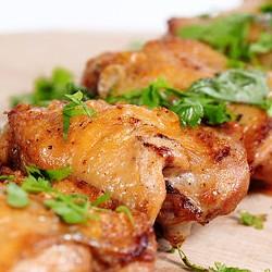 Шампур шашлыка из курицы бедра - 250  грамм