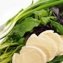 Зелень с сыром брынзой - 100 грамм