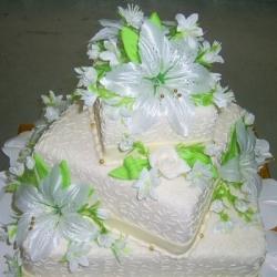Торт Свадебный с лилиями : заказать, доставка