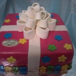 Торт  Подарок