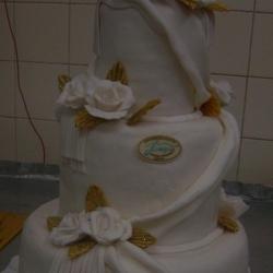 Торт Свадебный белые розы