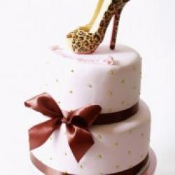 Торт праздничный Лобутен - 550 грн/кг