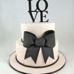 Торт свадебный Бант - 530 грн/кг  Деревянный топпер - 150 грн : заказать, доставка