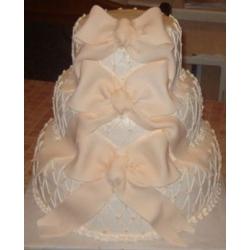 Свадебный торт Классическая красота: заказать, доставка