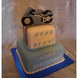 Торт на заказ Мотоцикл