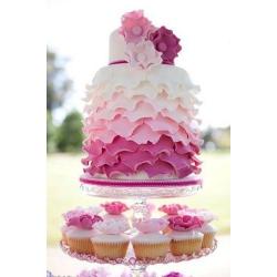Свадебный торт Малиновое небо: заказать, доставка