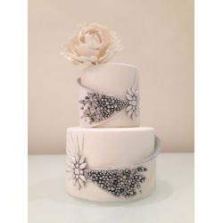 Свадебный торт Кармелитта: заказать, доставка