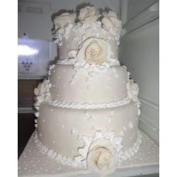 Свадебный торт Вивальди: заказать, доставка