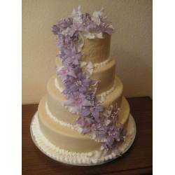 Свадебный торт Фиолетовая лилия: заказать, доставка