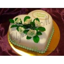 Торт сердце в розами