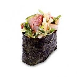Спайс суши с окунем
